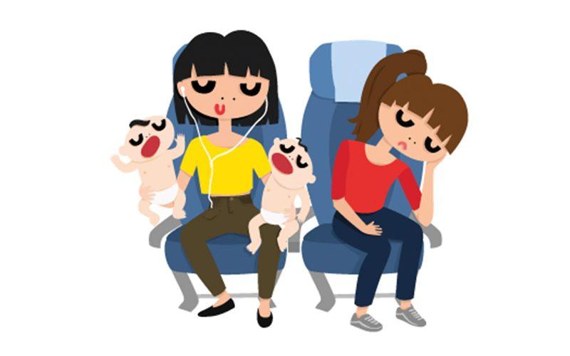 air femme niño llorando en el avion