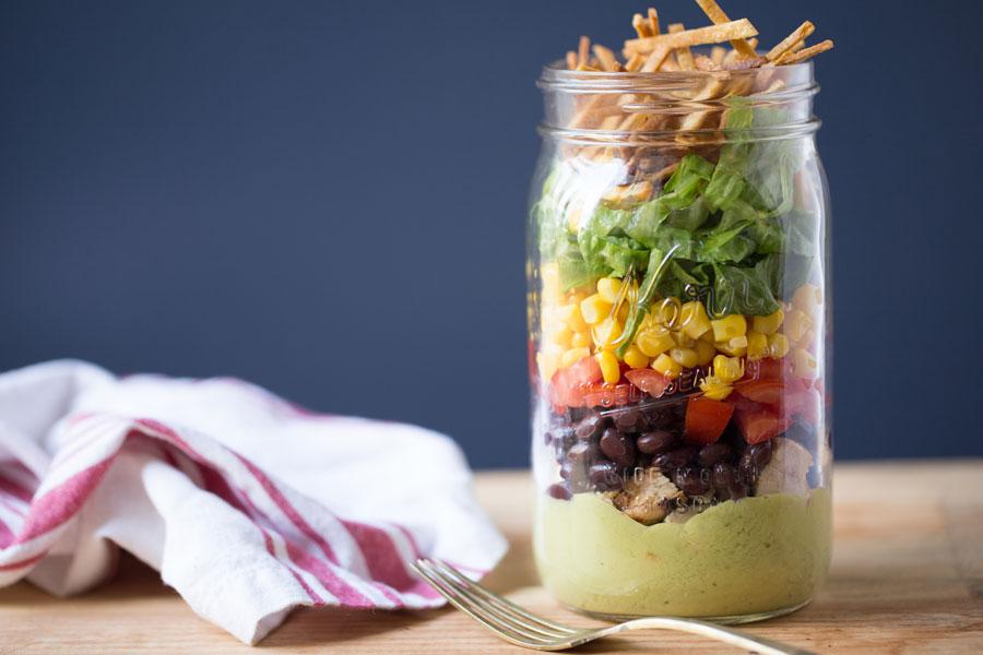 Hacer ensalada en un mason jar